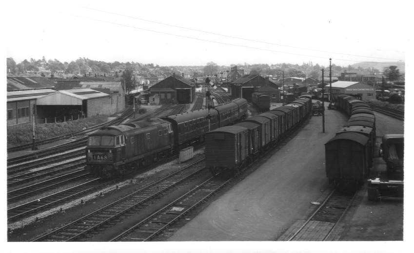 D7058 departing Hereford Station 1965