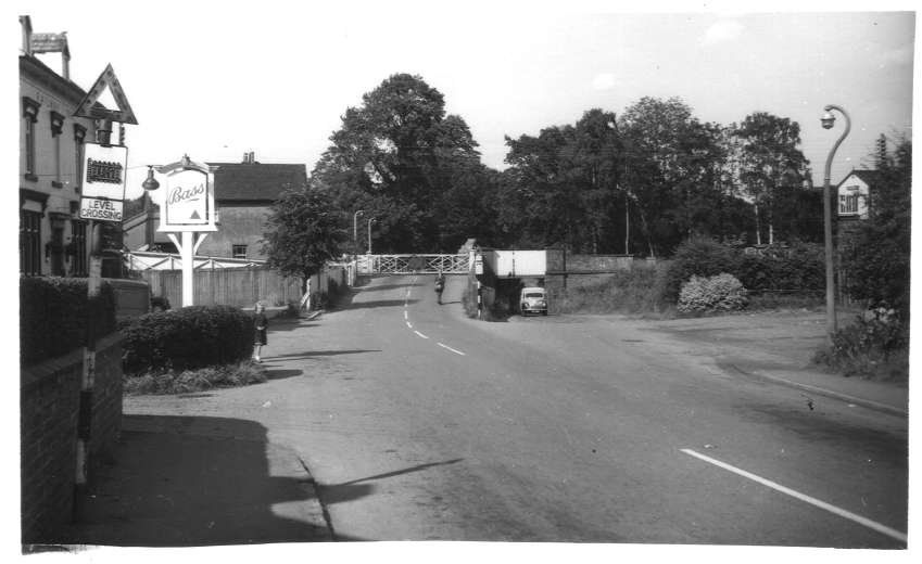 Level-crossing and bridge at Berskwell 1961