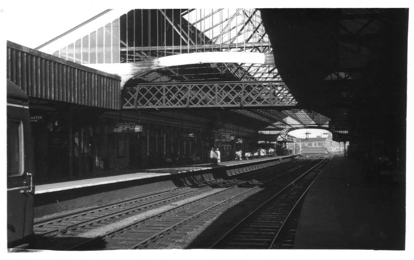 South end of Wolverhampton (High Level) Station 1960