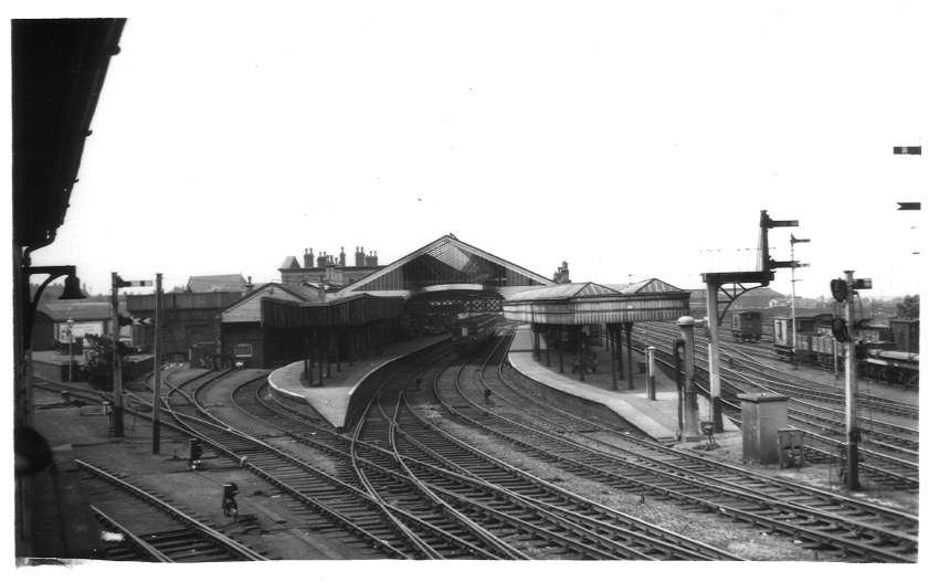 Wolverhampton (High Level) Station from No.2 Box 1961