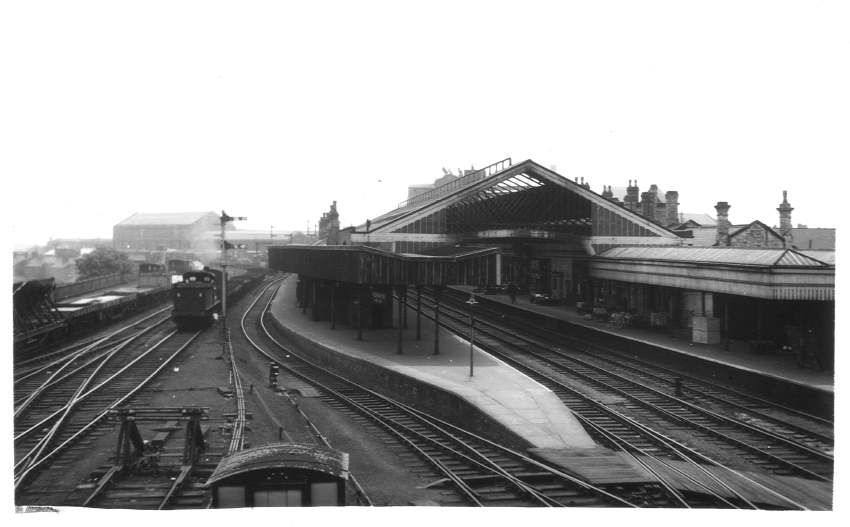 Wolverhampton (High Level) Station from No.3 box 1961
