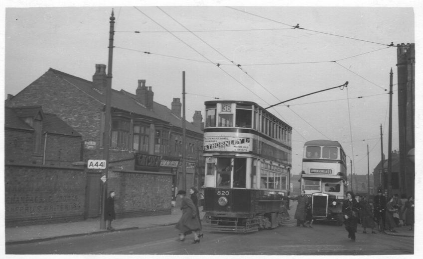 Tram 820 Cotteridge