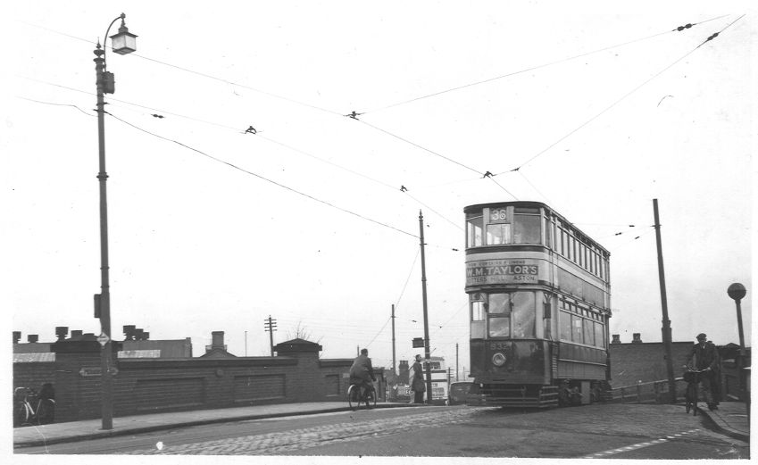 Tram 832 Breedon Hill